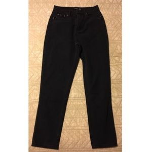 BRAND NEW NEVER WORN Boohoo Jeans